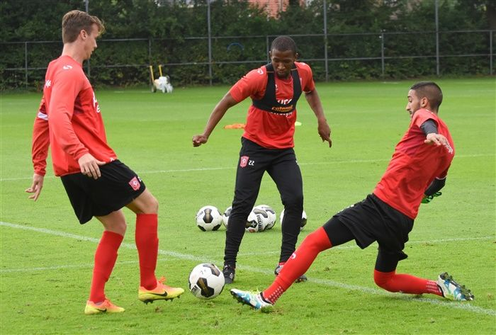 trainingfc-twente-5-8-2016-007